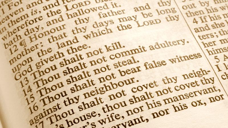 Close-up-10-Commandments