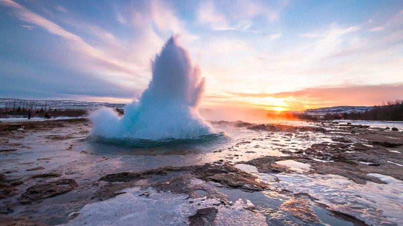 Geyser-in-Iceland-Power