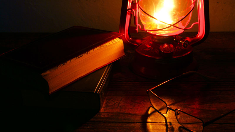 Lamp-and-books